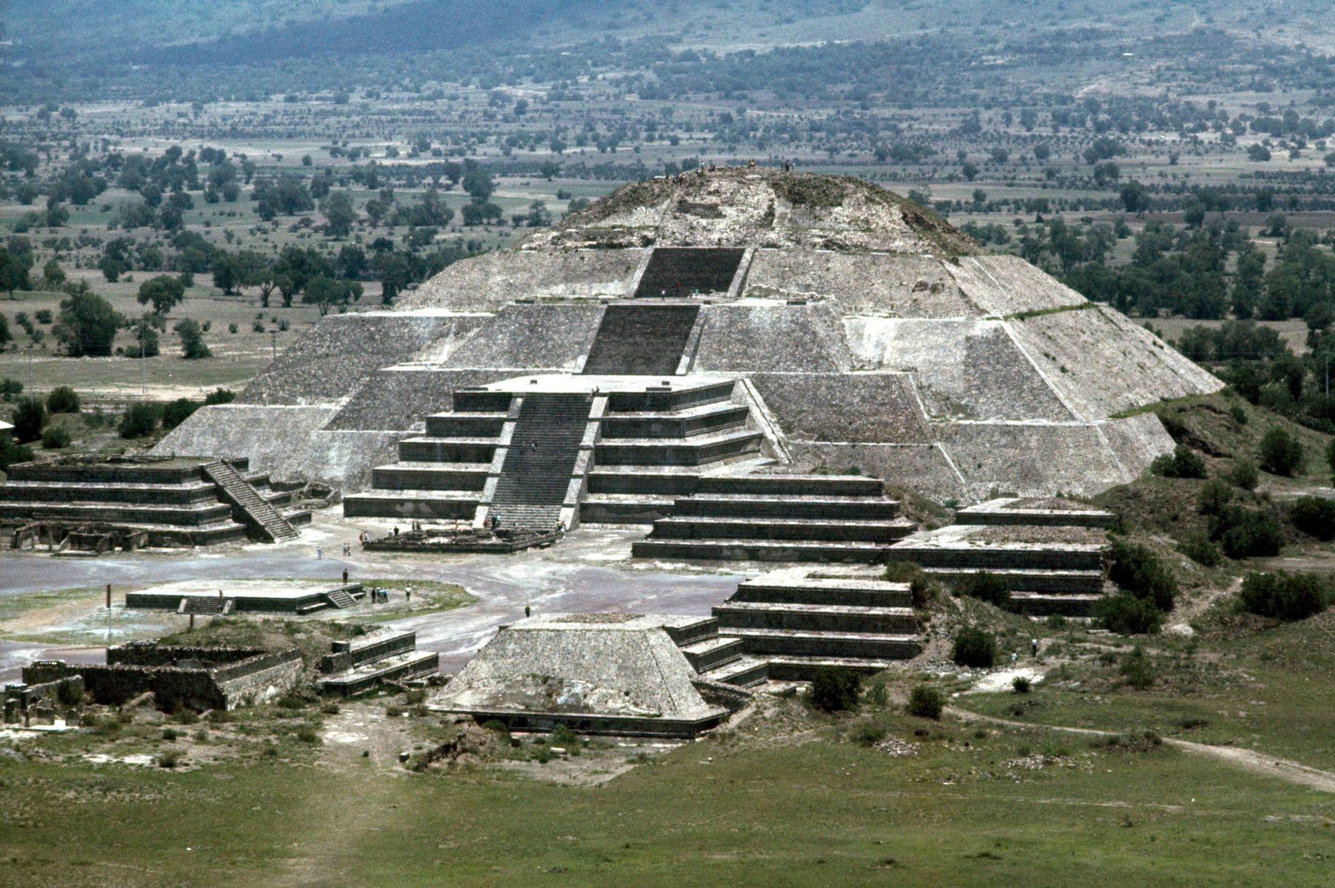 The tunnel was found under the Pyramid of the Moon and the Plaza de la Luna, the adjacent square.