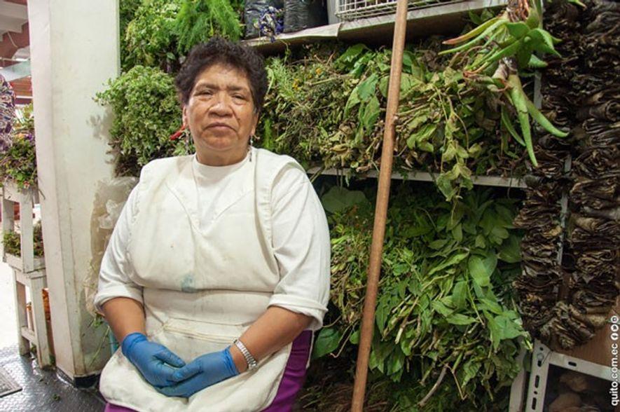 Herbal healer, San Francisco Market. Image: Francisco Veintimilla R./Quito Turismo