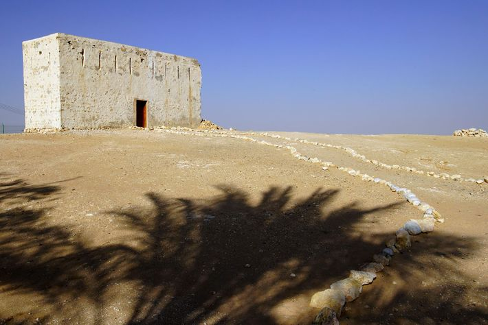The ancient city of Ash Shisr lies on the very edge of the Empty Quarter.