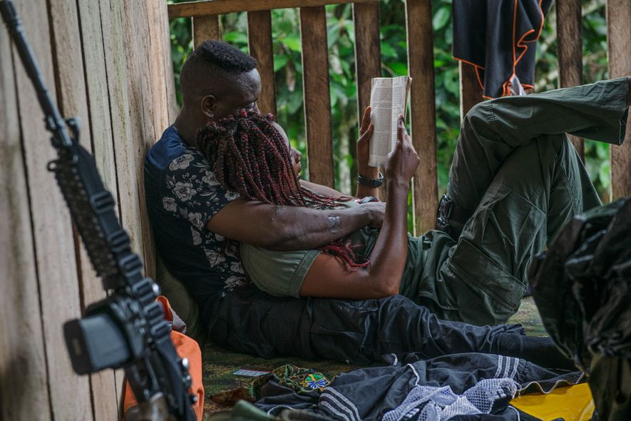 This book is a romance novel, but National Liberation Front (ELN) Comandante Yesenia also reads aloud ...
