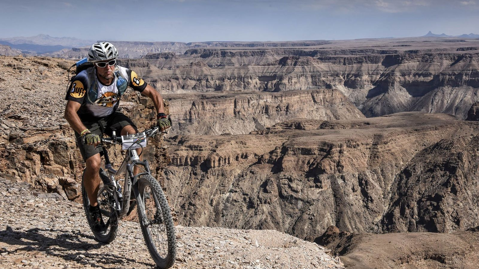 The Northern Cape provides amazing opportunities for mountain biking amongst dramatic scenery.