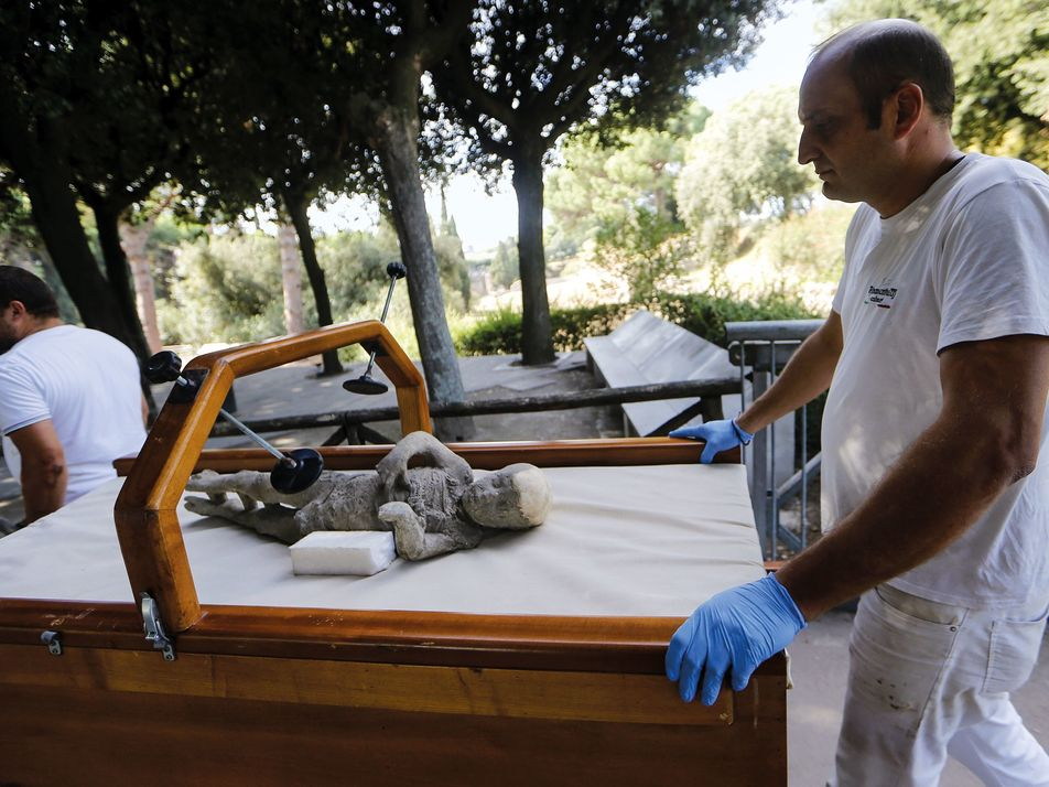 Pompeii's recent finds reveal new clues to city's destruction