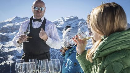 Learn about wine with a sommelier on the slopes