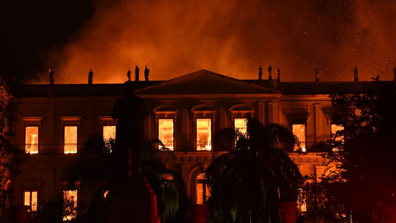 Flames rip through the main building of the Museu Nacional, or the National Museum, in Rio ...