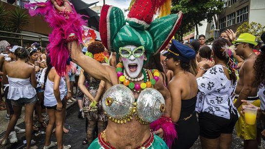 Banda de Ipanema street party.
