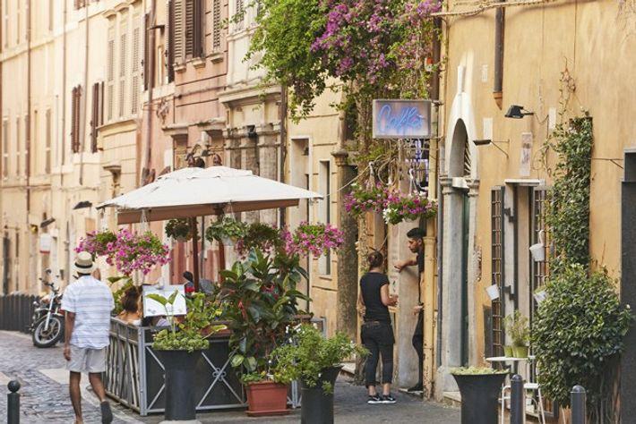 Via del Boschetto, Monti. Image: Richard James Taylor