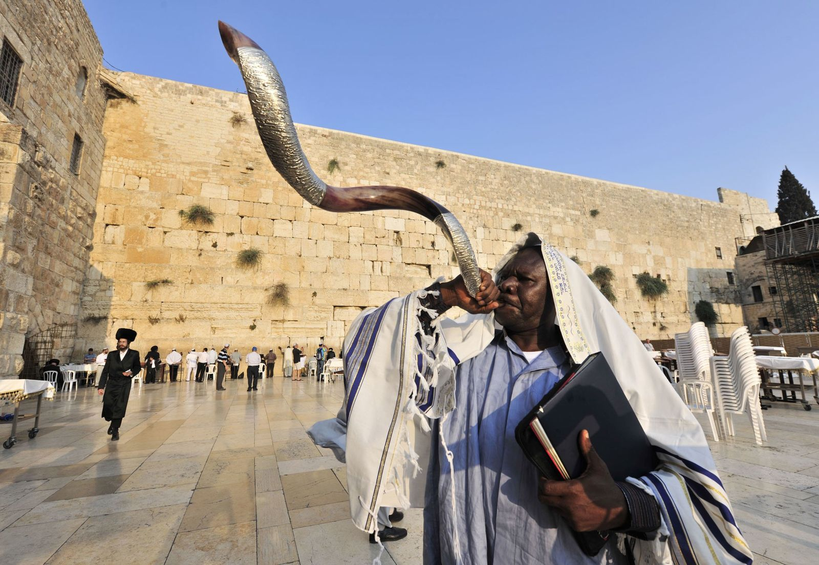 Why Rosh Hashanah kicks off the Jewish New Year in the Autumn—not January