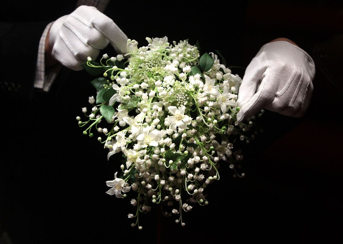 In Meghan Markle's bouquet, she will carry a sprig of myrtle, like every royal bride has …
