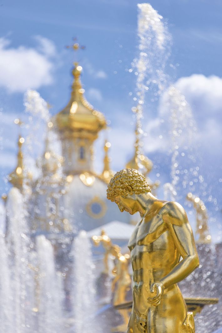 Fountain and church at the palace of Peterhof, known as the 'Russian Versailles'.