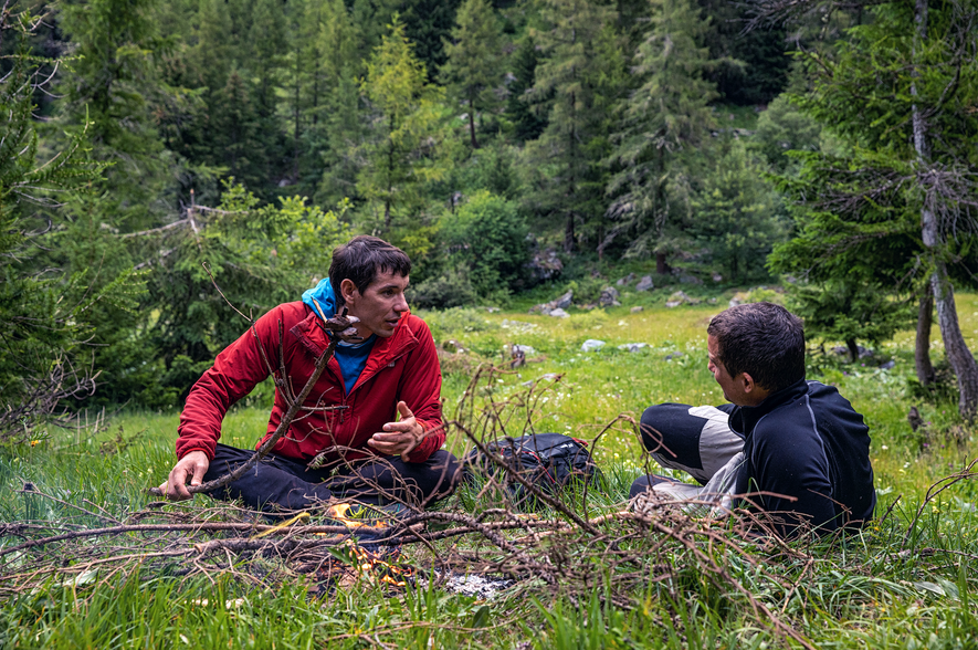 Relocated from his normal stomping ground of Yosemite and dropped into Switzerland by parachute, Alex Honnold ...