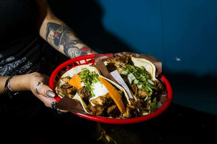 Seven Lives taqueria fixes up Baja-style tacos and seafood in its trendy Kensington Market location.