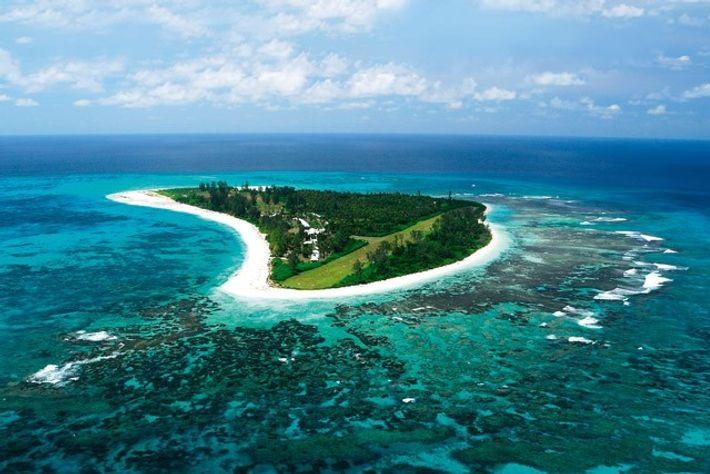 Aerial view of Bird Island. Image: Seychelles Tourism Board (STB)