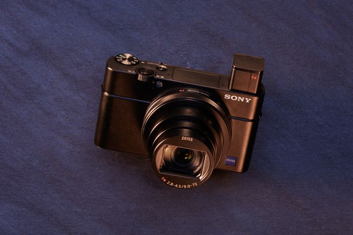Best for: Speed and accuracy in a tiny package. Real-time autofocus from Sony's professional line means ...