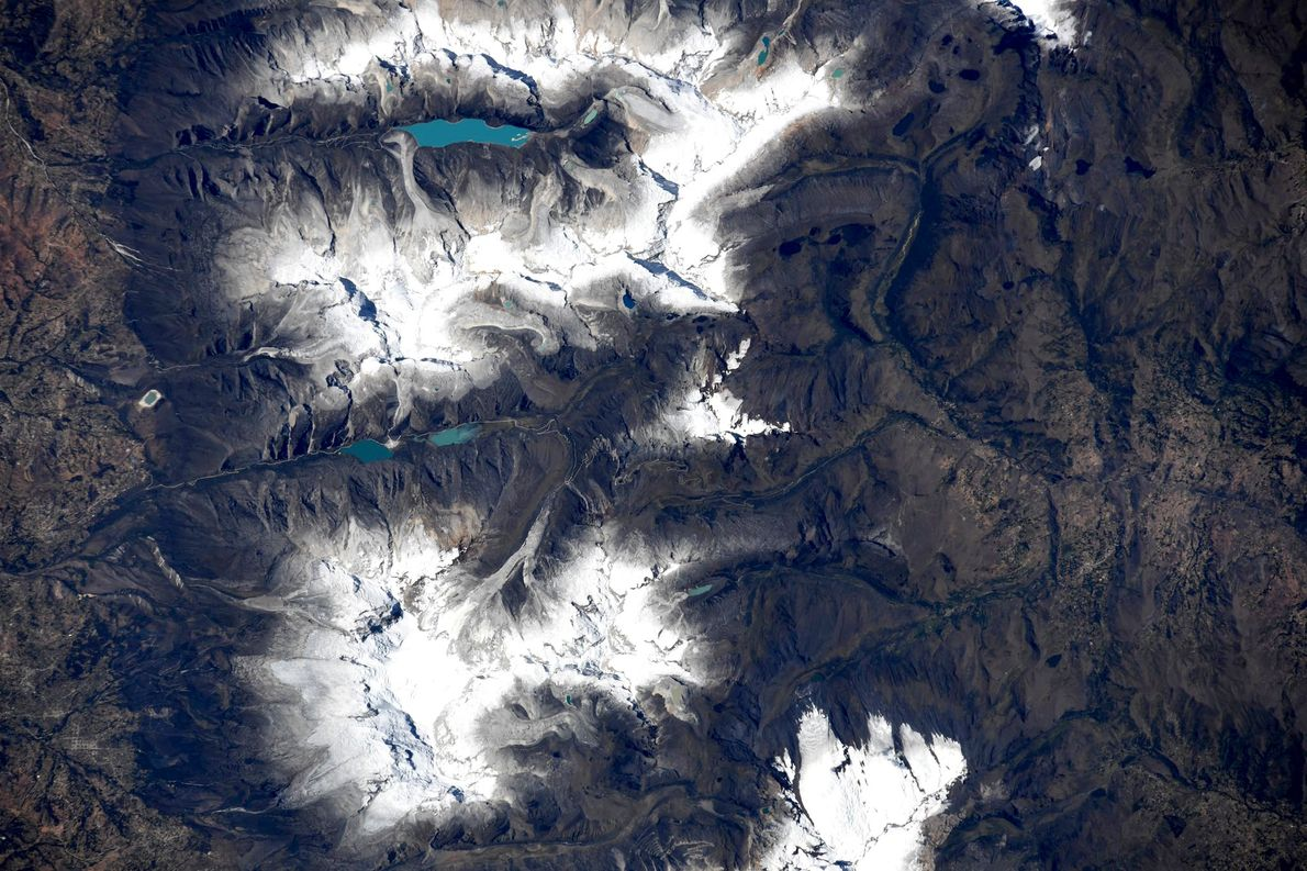 Close-up of the Cordillera Blanca Glacier in Peru, captured by Hurley on July 23.