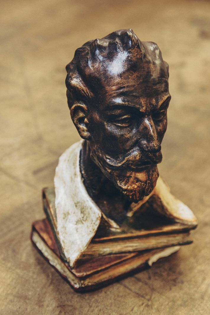 A bust of Cervantes at the Museo Cervantino in El Toboso.