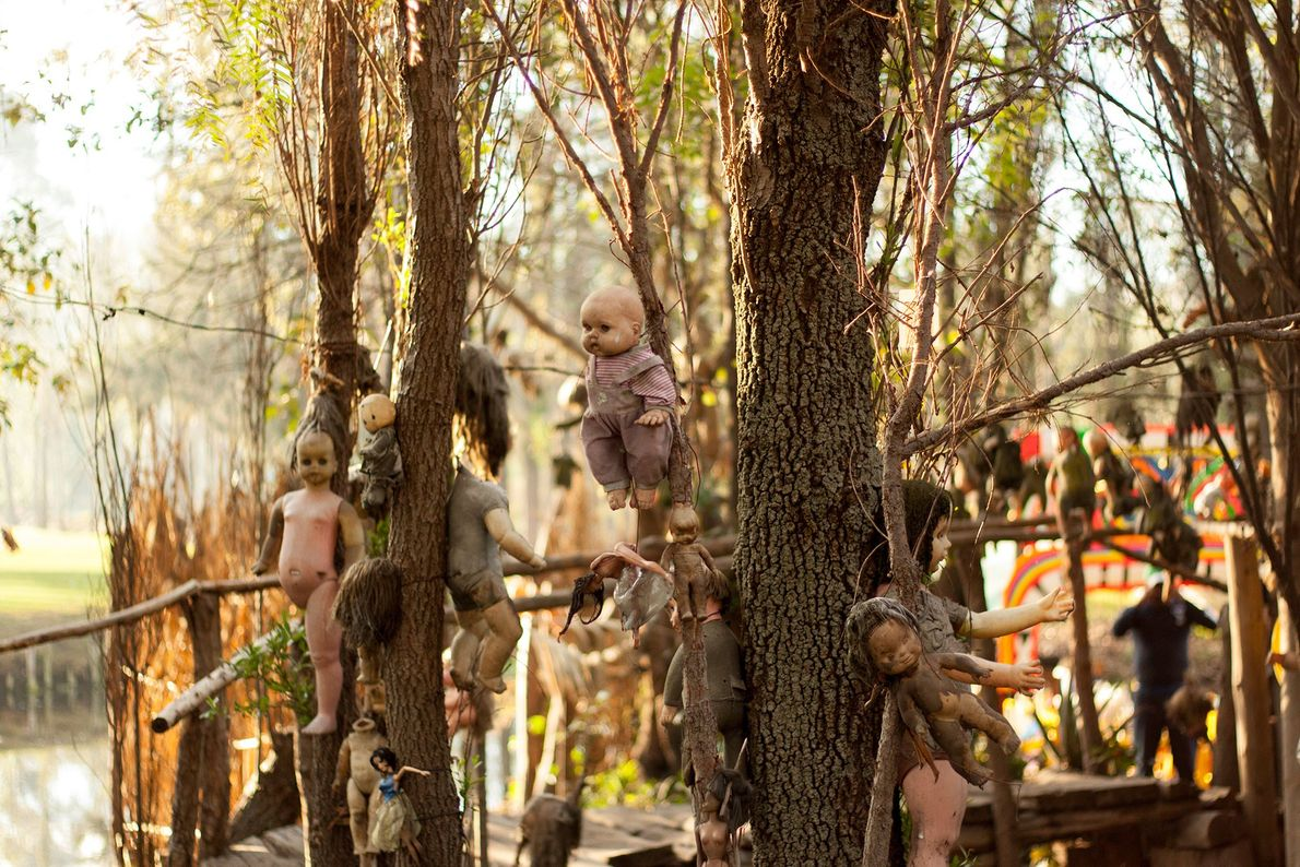 Island of Dolls, Mexico