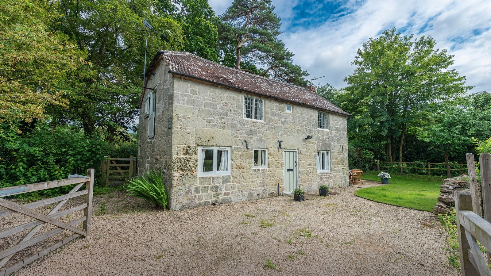 The exterior of Cider Mill cottage, near Shaftesbury.