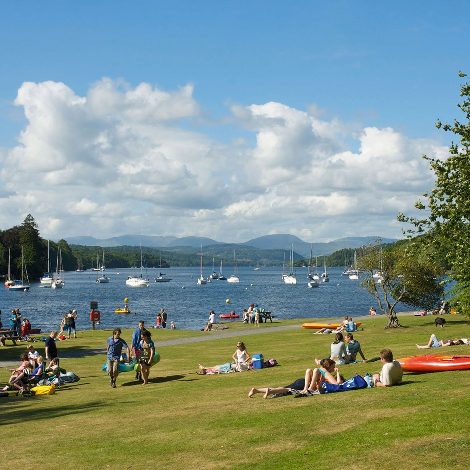 At an impressive 10.5 miles long, one mile wide and 220 feet deep, Lake Windermere is ...