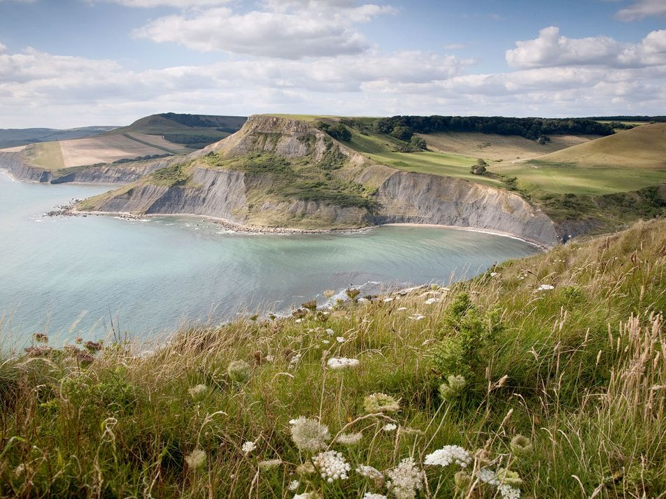 10 lesser-known English beaches for a family day out