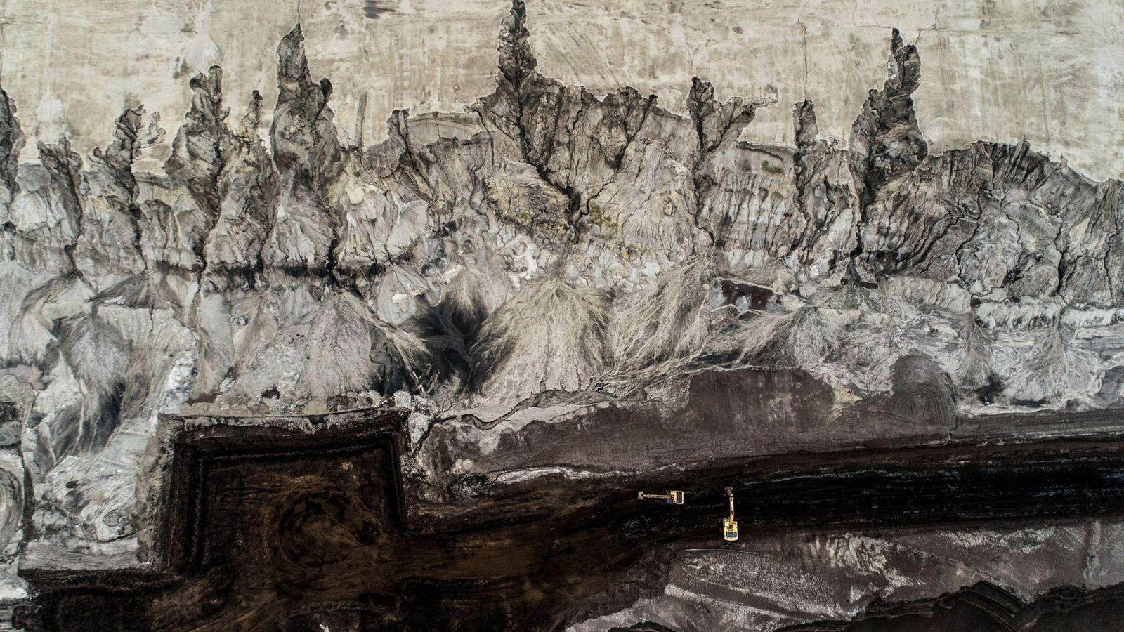 proof-05.21-David-Gabai-coal-mine-dresden