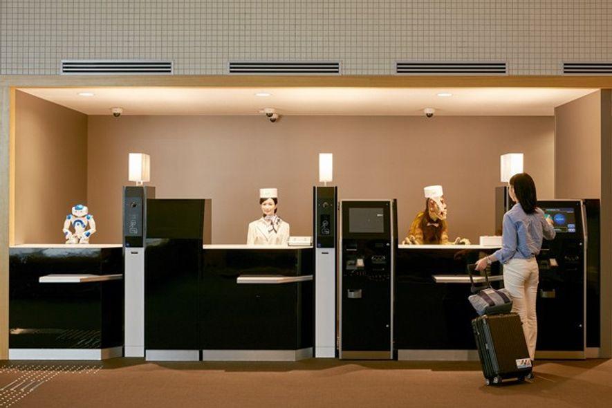 Henn-na Hotel, Japan