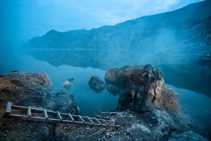 Ijen volcano hosts the world's largest acidic crater lake, famous for its rich turquoise colour. Scientists ...