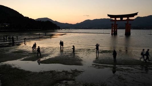 Hiroshima: Ancient Works, Stunning Sights, Passion for Peace