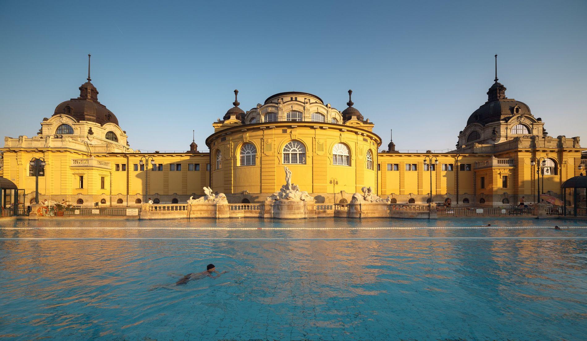 Széchenyi medicinal bath, Budapest, Hungary