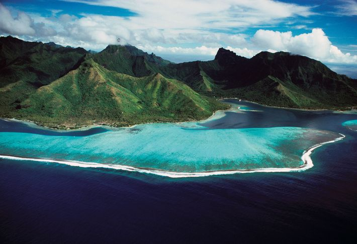 """""""At Tahiti, we staid 10 days, & admired all the charms of this almost classical Island,"""" ..."""