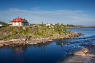 The Inn in Baie-Johan-Beetz has stood sentry over the sea and the village since 1897.