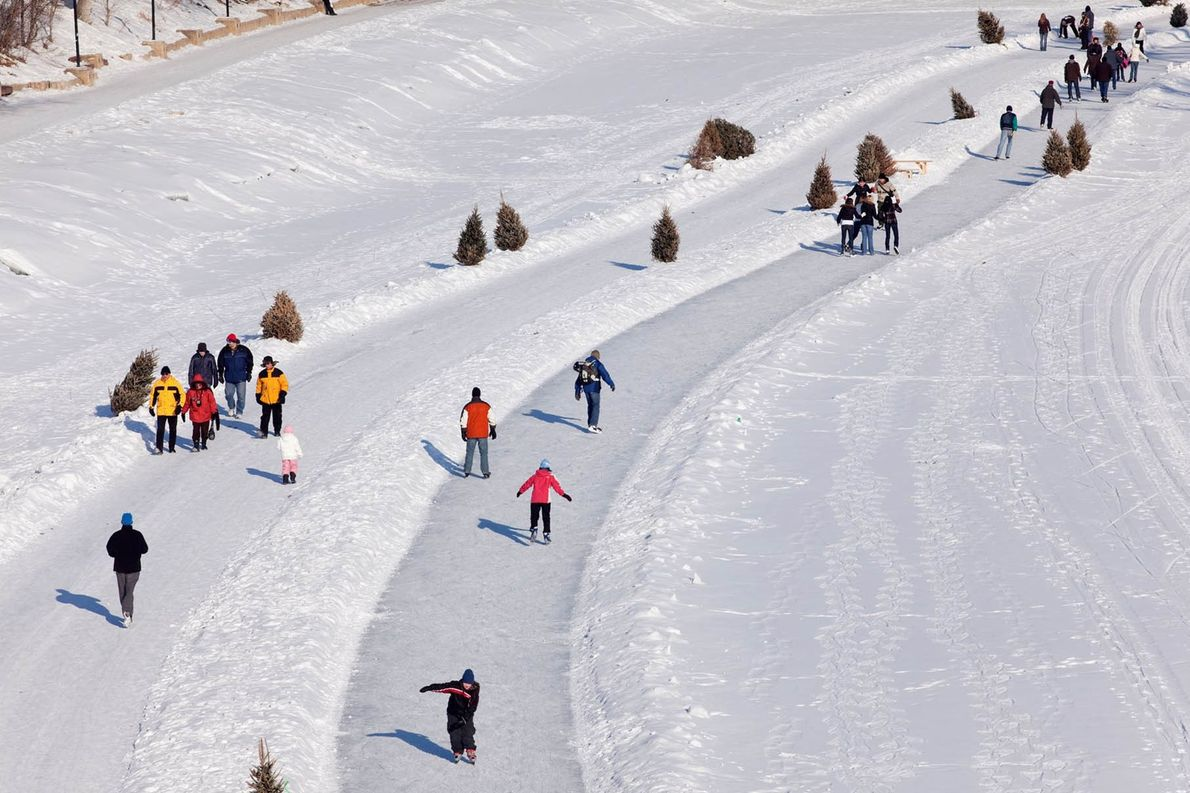 Starting in the heart of Winnipeg, the Red River Mutual Trail is one of the longest ...