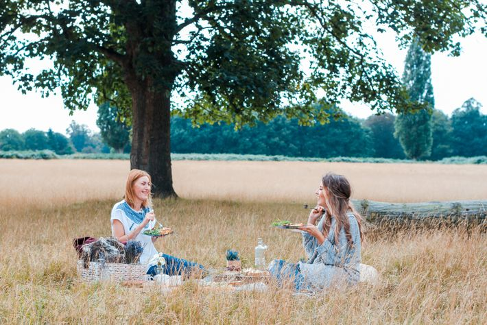 Social distancing measures make picnics the ideal way to see friends – and using reusable or ...