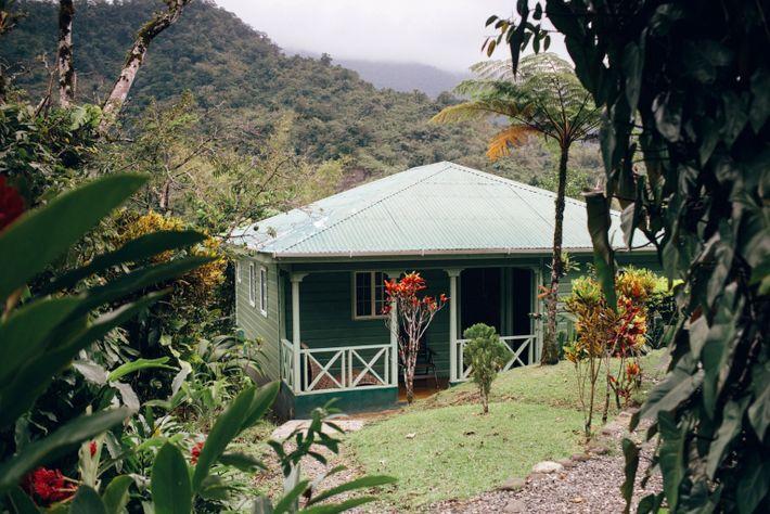 Travel Maroons Lodge