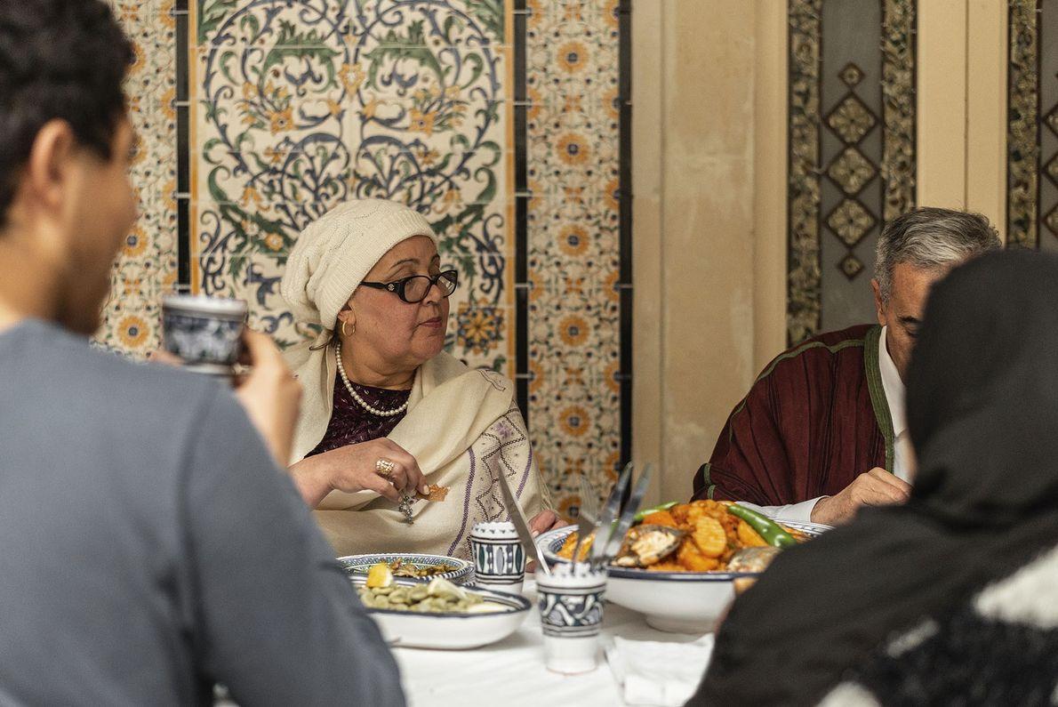 Shumaisa at the table.