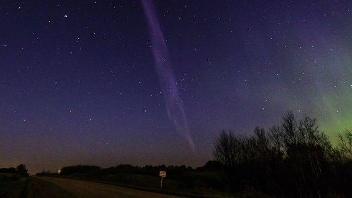 Purple Streak Named 'Steve' Is a Whole New Type of Aurora