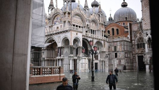 Venice experiencing worst floods in 50 years