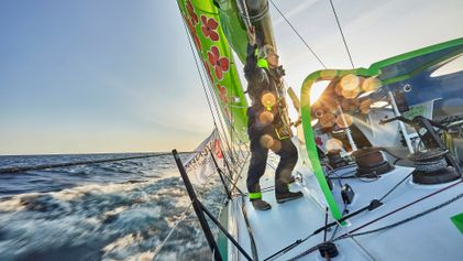 The fearless women sailors taking on the 'Everest of the seas'