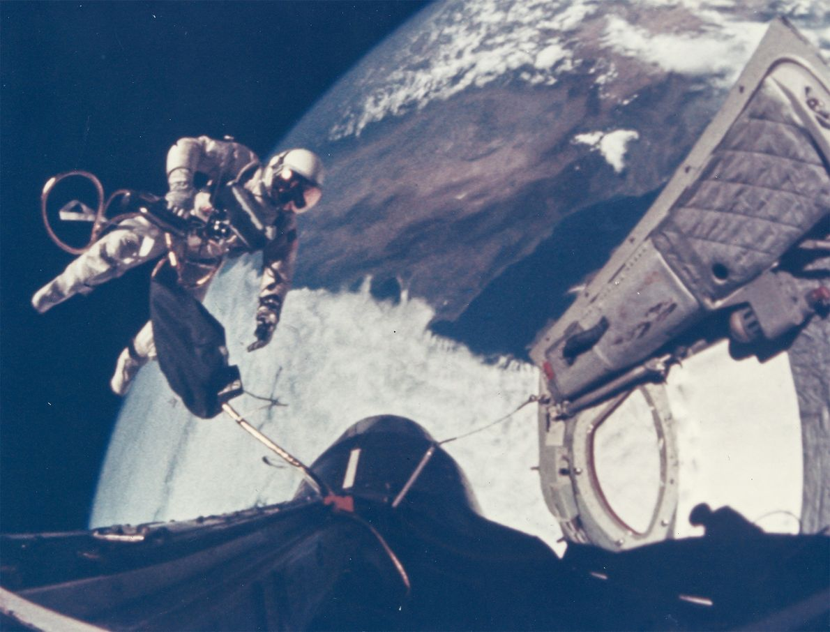 Ed White takes the first space walk made by an American, on the Gemini 4 mission.