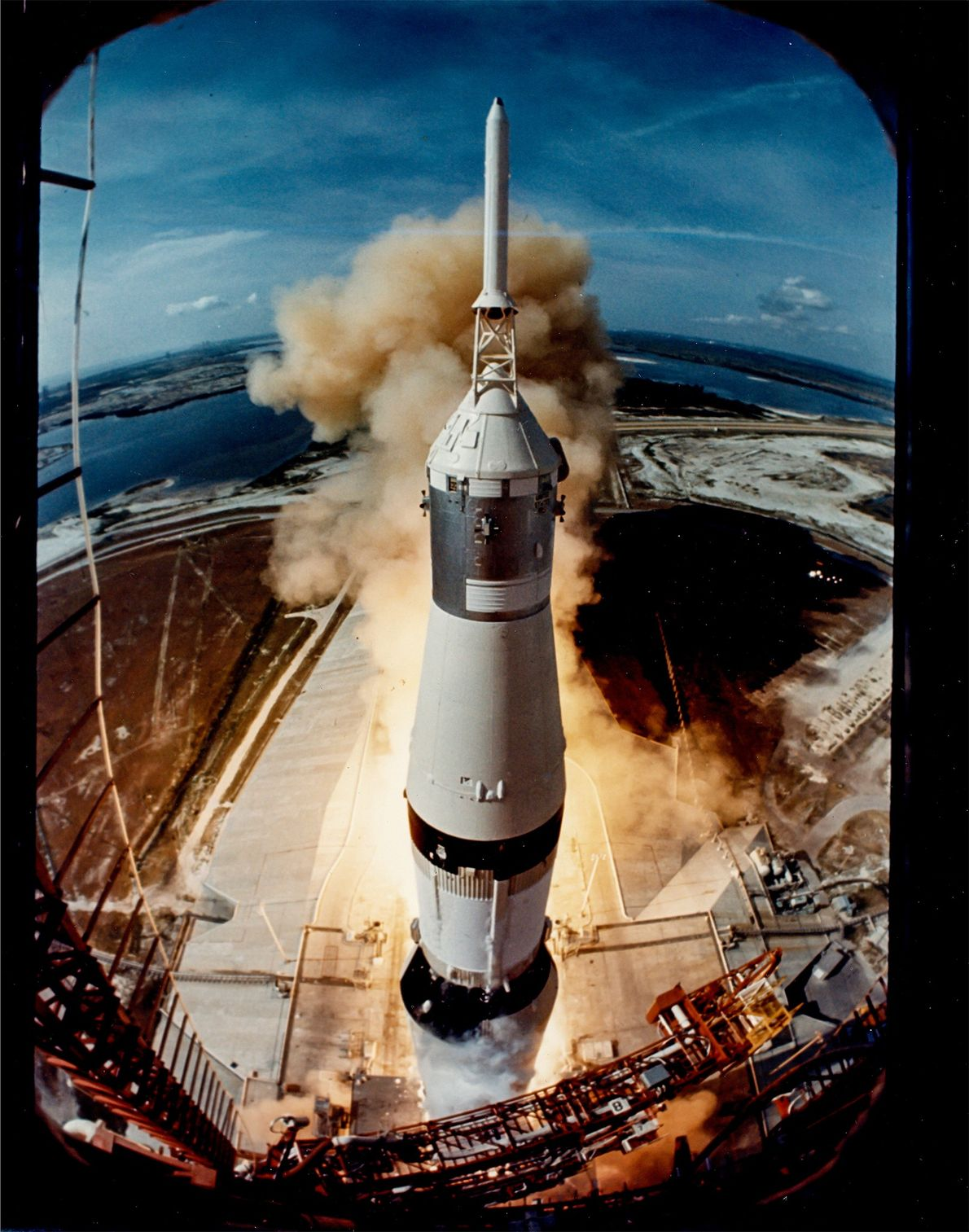 Life magazine photographer Ralph Morse mounted a camera on the launch platform to capture this image ...