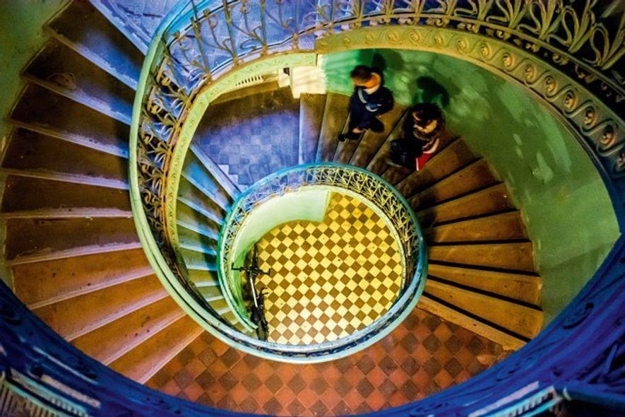 Staircase in pre-war Praga apartment building. Image: Sameena Jarosz