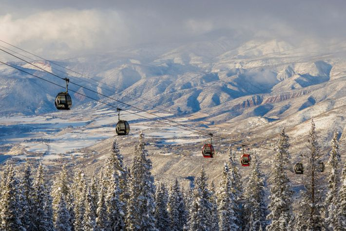 All city-owned facilities in the popular winter resort of Aspenare 100% run on renewable energy.