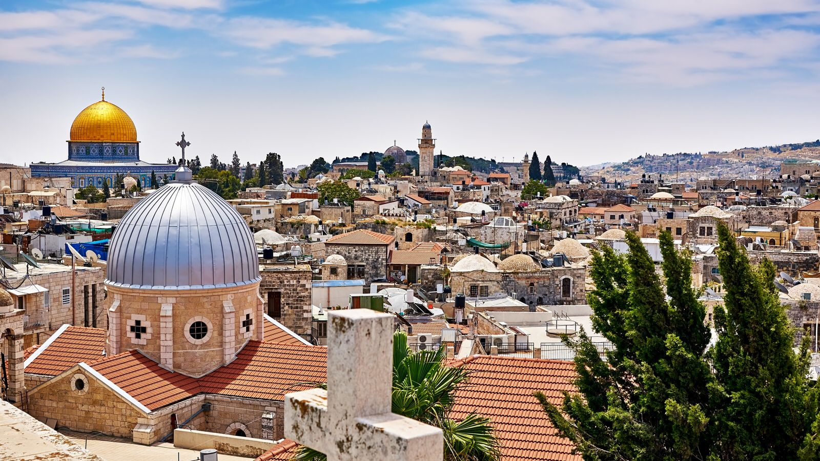 Panoramic view of the Old Cityneighbourhood in Jerusalem