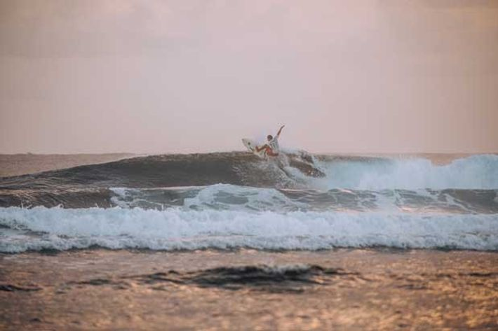 Surfing in Siagao