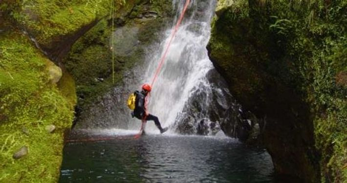 Canyoning and rappelling in Madeira