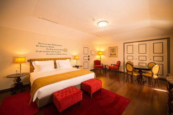 A room at Palacio dos Arcos