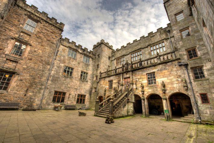 Chillingham Castle courtyard