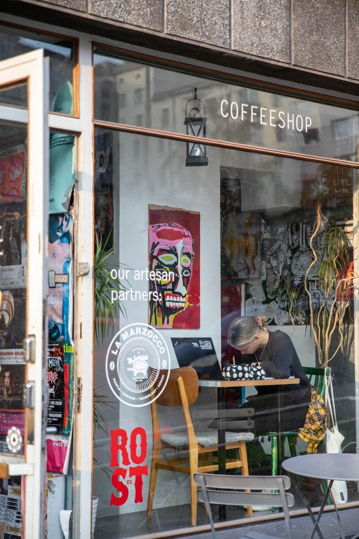 Early Bird is a cafe loved by locals forits all-day breakfast.