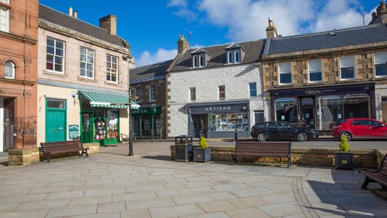 Melrose High Street's main thoroughfares are lined with family butchers, bakers and chocolate-bar makers; restaurants using ...