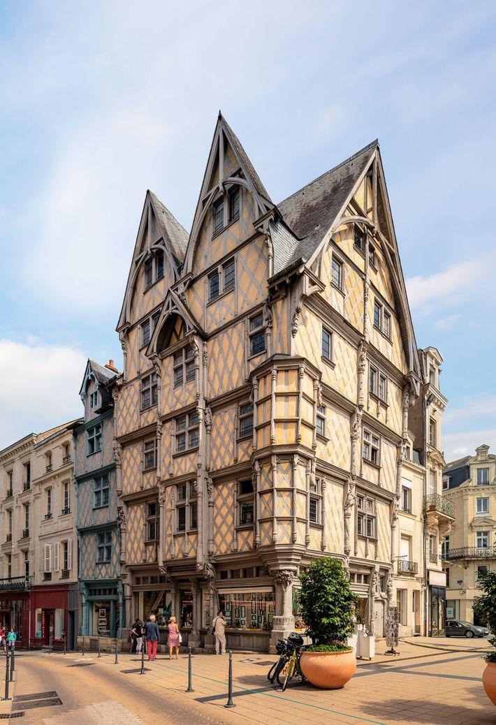 The medieval La Maison d'Adam