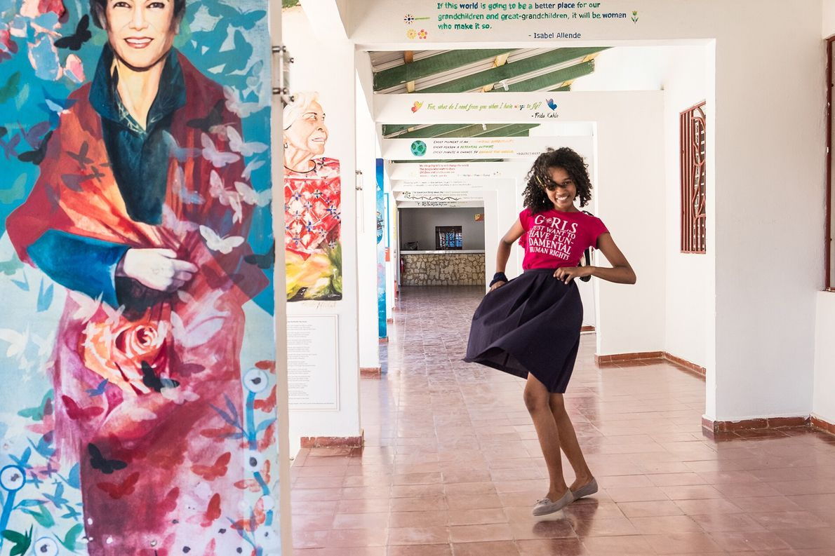 A girl dances in a corridor of the Mariposa DR Foundation. In the autumn of 2012, ...